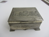 1939 GGIE tin/silver colored box - wood lined inside