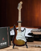 Fender Strat 60th Anniversary cardboard case and std